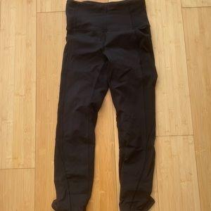Lululemon black leggings ruched size 4